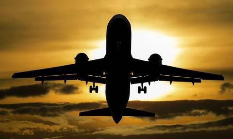 Έσκασε «βόμβα» με γνωστή αεροπορική εταιρεία - Ανέστειλε όλες τις πτήσεις