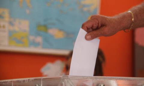 Νέα δημοσκόπηση: Η διαφορά ΣΥΡΙΖΑ - ΝΔ για εθνικές και ευρωεκλογές – Ποιοι μπαίνουν στη Βουλή