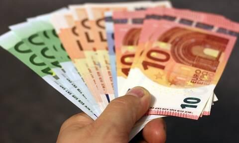 Αναδρομικά: Ποιοι συνταξιούχοι θα πάρουν έως και 25.000 ευρώ - Δείτε πότε