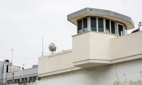 «Μαφία των φυλακών»: Συνελήφθη ο δικηγόρος Θεόδωρος Παναγόπουλος