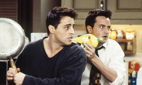 Τρομερό: Δες ποιοι ηθοποιοί προορίζονταν να παίξουν τους Τζόι και Τσάντλερ στα «Φιλαράκια»! (pics)