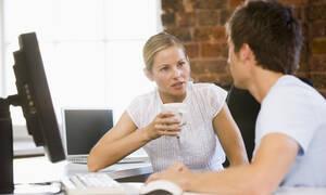 Είναι τελικά διαφορετικός ο τρόπος που επικοινωνούν άντρες και γυναίκες;