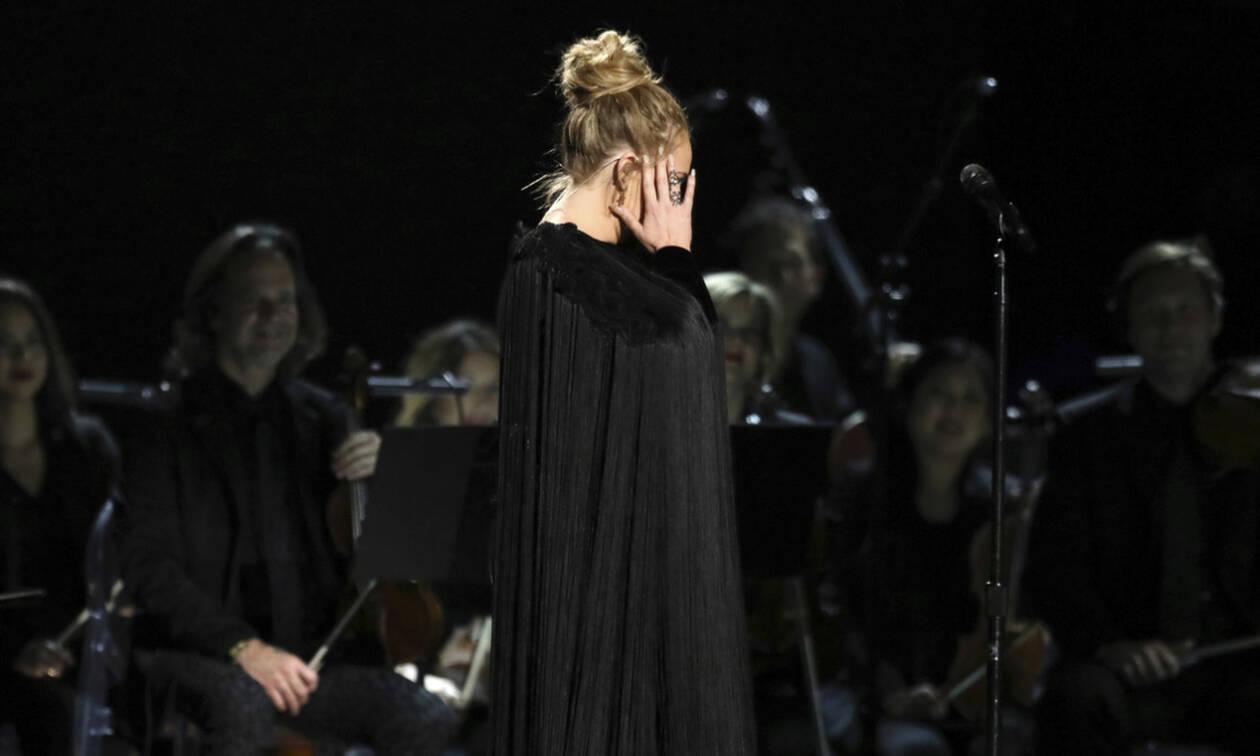 Είναι επίσημο! Η διάσημη τραγουδίστρια χώρισε και σόκαρε το κοινό