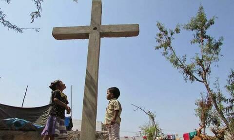 Στοιχεία ΣΟΚ: Η «σιωπηλή γενοκτονία» των Χριστιανών- 90.000 πιστοί δολοφονήθηκαν το 2018