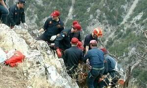 Ξυλόκαστρο: Νεκροί 3 πεζοπόροι - Εντοπίστηκε ζωντανός ο τέταρτος