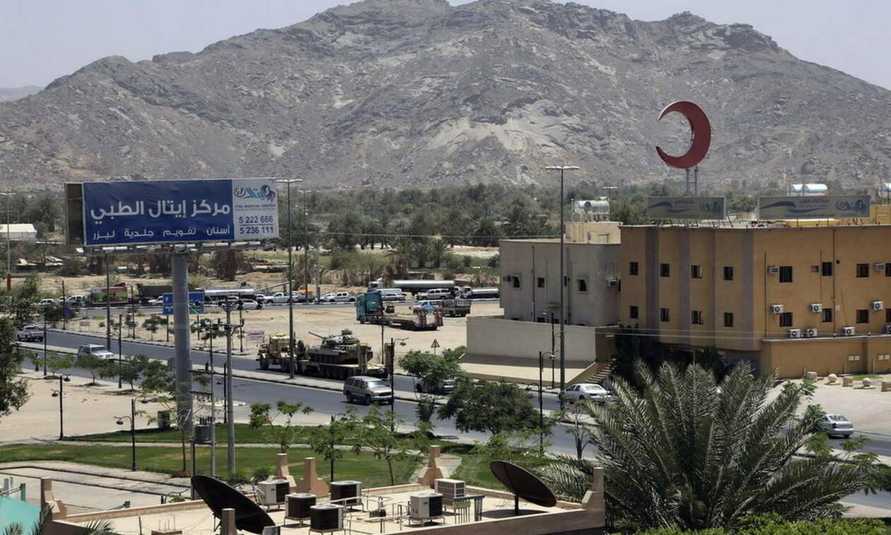 Σαουδική Αραβία: Τέσσερις νεκροί έπειτα από αποτυχημένη επίθεση σε αστυνομικό τμήμα