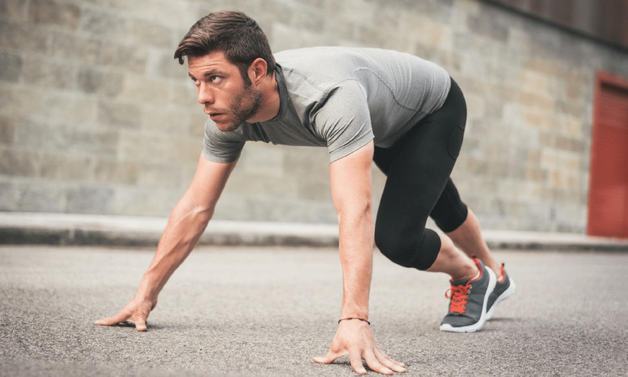 Θες κοιλιακούς, αντοχή και να κάψεις λίπος; Κάνε αυτή την 9λεπτη άσκηση