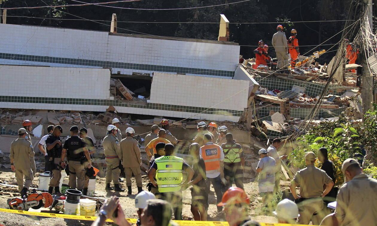 Βραζιλία: 23 νεκροί από την κατάρρευση των κτηρίων σε φαβέλα του Ρίο ντε Τζανέιρο (pics)