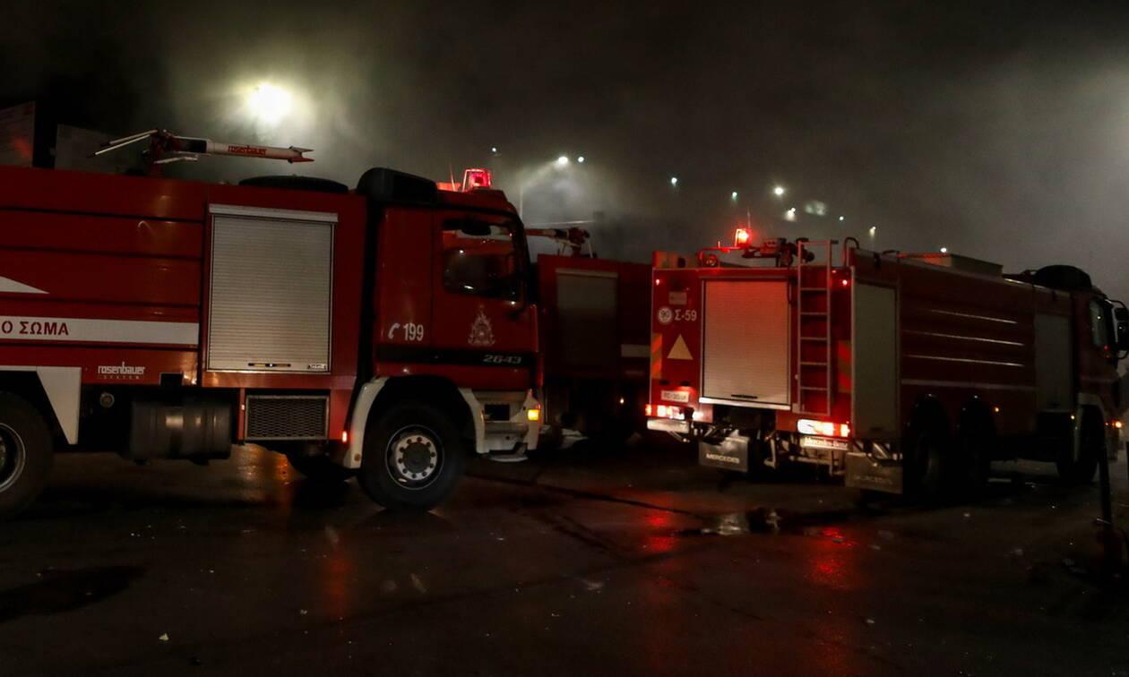 Κοζάνη: Πυρκαγιά σε σπίτι στα Σέρβια - Κινδύνεψε ηλικιωμένη (vid)