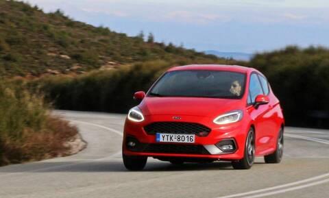 Το Ford Fiesta ST των 1.500 κυβικών και των 200 ίππων είναι φονέας γιγάντων