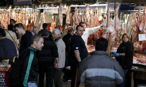 В Греции перед Пасхой цены на мясные продукты сохранились на уровне прошлого года
