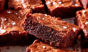 Brownie με σοκολάτα και κακάο