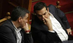 Θα «βομβαρδίσουν» την Ελλάδα με θετικές ειδήσεις στην οικονομία