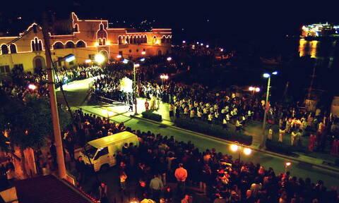 Δωδεκάνησα: Με διαφορετικά έθιμα σε κάθε νησί εορτάζεται το Πάσχα (vids)