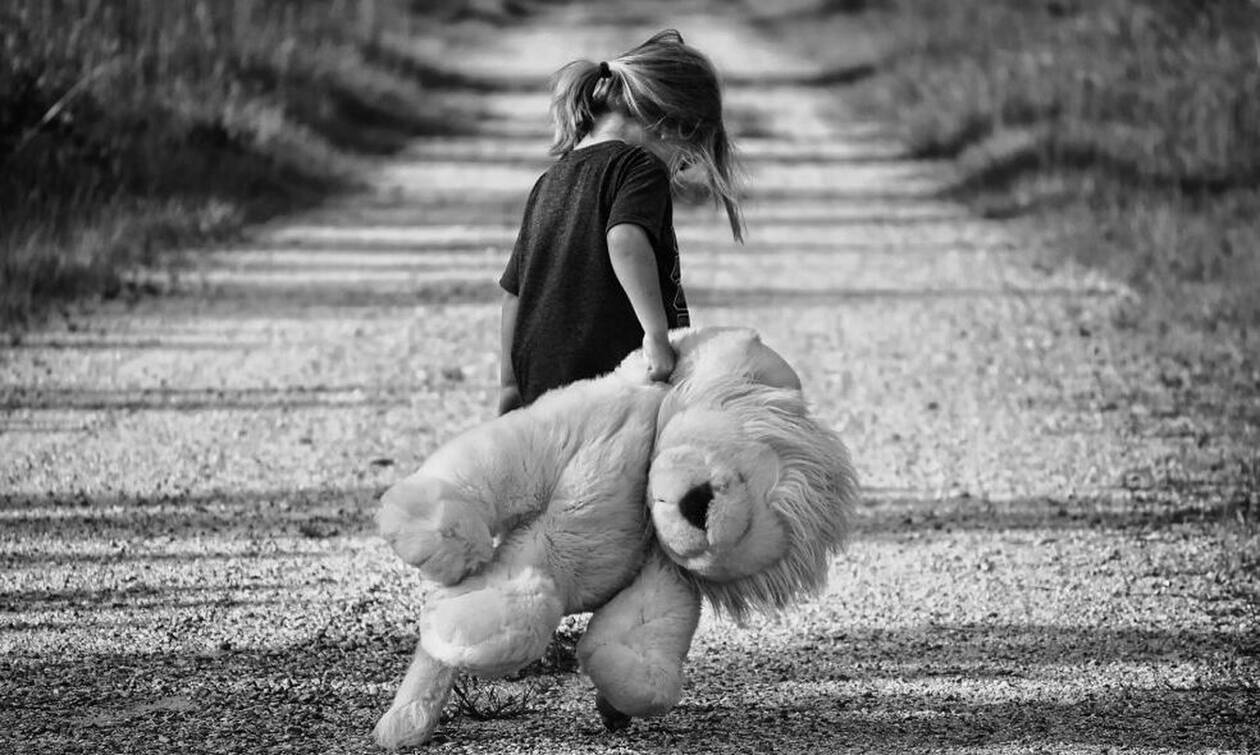 Θήβα: Νέες αποκαλύψεις για τον παιδίατρο που φέρεται να ασέλγησε σε 8χρονη