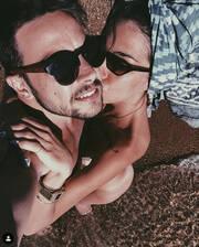 «Κόλαση»: Ελληνίδα ηθοποιός ποζάρει ολόγυμνη για χάρη του συντρόφου της (pics)