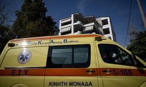 Σοκαριστικό ατύχημα στο Φάληρο: 8χρονος καταπλακώθηκε από γκαραζόπορτα