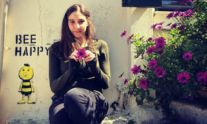 Φωτεινή Αθερίδου: Η φωτογραφία με φουσκωμένη κοιλίτσα και το απολαυστικό βίντεο με τη γιαγιά της