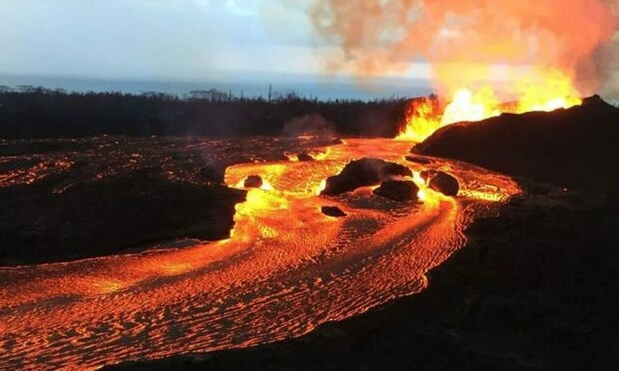 Η συγκλονιστική στιγμή που η καταστροφική λάβα κατακαίει τη Χαβάη!