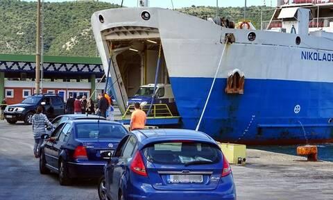 Έξοδος - Πάσχα: Απίστευτο χάος στο λιμάνι της Ηγουμενίτσας - Δείτε βίντεο από drones