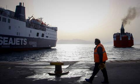 Έξοδος Πάσχα: Εγκαταλείπουν την Αθήνα και οι τελευταίοι εκδρομείς