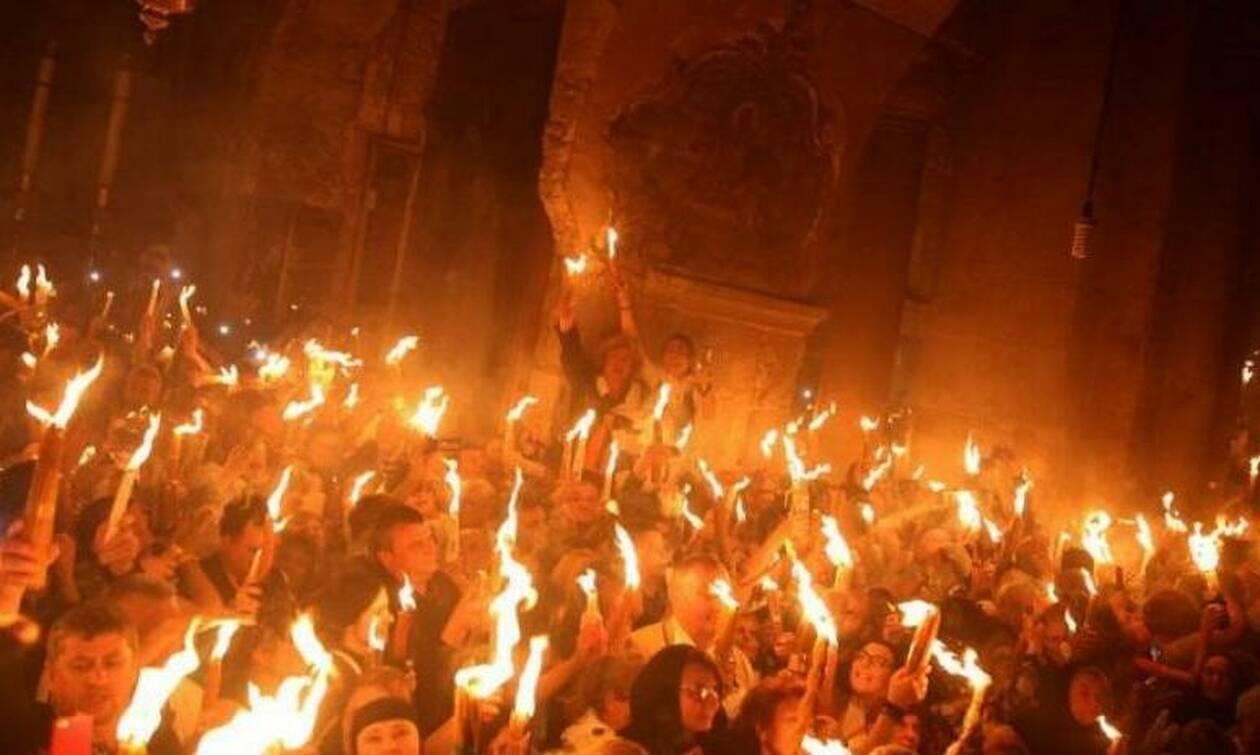 Γιατί η Αφή του Αγίου Φωτός γίνεται μόνο από τους Έλληνες