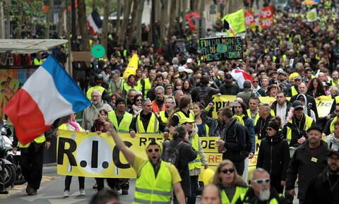 Γαλλία - «Κίτρινα Γιλέκα»: Επεισόδια έξω από το Ευρωκοινοβούλιο στο Στρασβούργο (pics+vid)