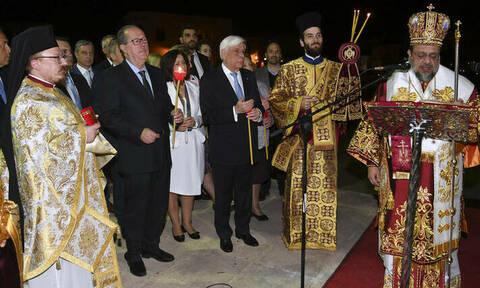Παυλόπουλος: Το φως της Ανάστασης να φωτίσει τον ελληνικό λαό