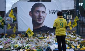 ΣΟΚ στο διαδίκτυο: Φωτογραφία με τον νεκρό «άσο» του ποδοσφαίρου Εμιλιάνο Σάλα