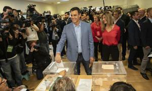Εκλογές στην Ισπανία: Ικανοποιητικό ποσοστό προσέλευσης - Τα σενάρια της επόμενης ημέρας