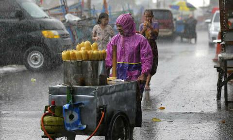 Ινδονησία: Τουλάχιστον 17 νεκροί από τις σαρωτικές πλημμύρες