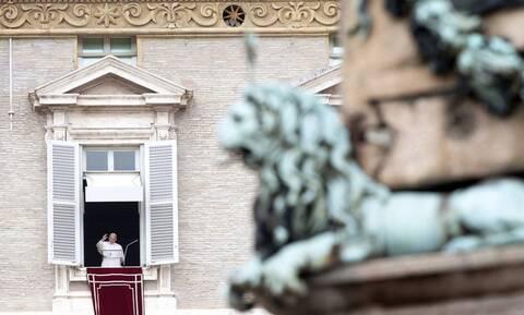 Πάπας Φραγκίσκος προς κομμωτές: Μην κουτσομπολεύετε