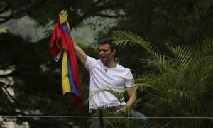 Βενεζουέλα: Στην πρεσβεία της Χιλής ο ηγέτης της αντιπολίτευσης Λεοπόλδο Λόπες