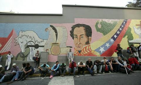 Βενεζουέλα: Συνεδριάζει το Συμβούλιο Εθνικής Ασφάλειας των ΗΠΑ – Νέες συγκεντρώσεις στο Καράκας