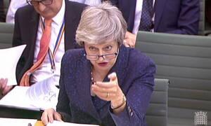 Μέι: Κοντά σε συμφωνία με τους Εργατικούς για το Brexit