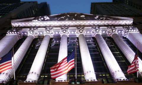 H Fed έφερε πτώση στη Wall Street - Με απώλειες η τιμή του πετρελαίου