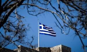 Αλλάζει η έπαρση σημαίας στην Ακρόπολη: Τι έχει συμβεί