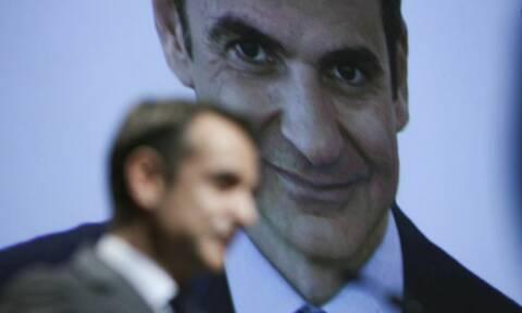 Ο Μητσοτάκης, το αφορολόγητο και η «τρύπα» των 3,6 δισεκατομμυρίων από το πρόγραμμα της ΝΔ