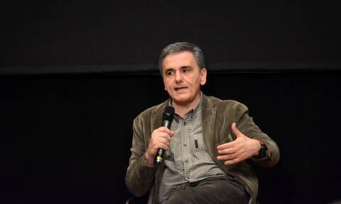 Τσακαλώτος: Άμεσα στη Βουλή το μεικτό νομοσχέδιο για τις 120 δόσεις σε Εφορία και Ταμεία