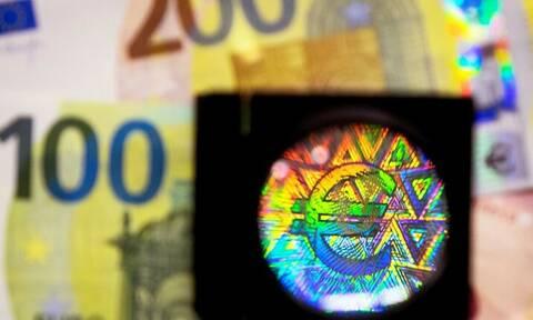 Αυτά είναι τα νέα χαρτονομίσματα των 100 και 200 ευρώ - Δείτε πότε θα κυκλοφορήσουν