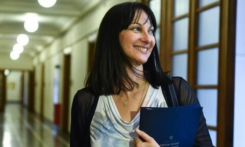 Παραιτήθηκε η Έλενα Κουντουρα από υπουργός Τουρισμού