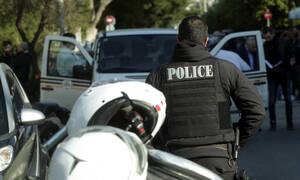 Έγκλημα στο Παλαιό Φάληρο: Την άρπαξε από τα μαλλιά και τη μαχαίρωνε