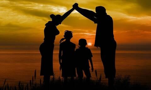 Eπίδομα παιδιού - ΟΠΕΚΑ: Πληρώνεται η δεύτερη δόση - Πότε θα μπουν τα χρήματα στους λογαριασμούς