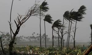 Ινδία: Τουλάχιστον δύο νεκροί από τον κυκλώνα Φάνι - Τεράστιες καταστροφές (pics+vid)