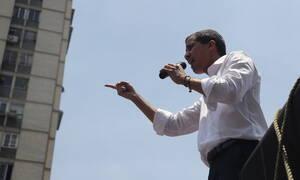 Βενεζουέλα: Ο Γκουαϊδό... ξαναχτυπά - Προσπαθεί να στρέψει το στρατό κατά του Μαδούρο