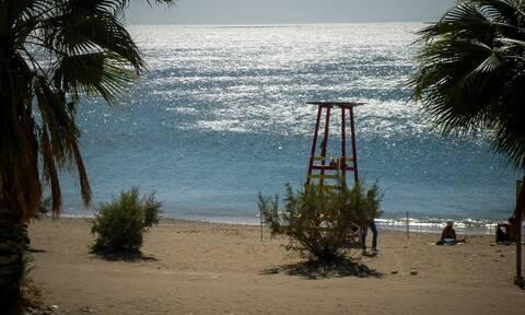 Οι κατάλληλες, οι ακατάλληλες και οι άκρως επικίνδυνες παραλίες στην Αττική
