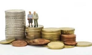 Συντάξεις: Μεγάλη ανατροπή στις ημερομηνίες καταβολής - Δείτε πότε θα πληρώνονται