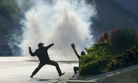 Ρωσία: Ο ΥΠΕΞ Λαβρόφ καλεί τις ΗΠΑ να εγκαταλείψουν τα «ανεύθυνα» σχέδιά τους για τη Βενεζουέλα
