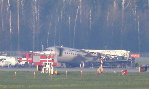 Μόσχα: Σοκάρουν οι μαρτυρίες από την αεροπορική τραγωδία - «Λιποθυμήσαμε από το φόβο» (vids)