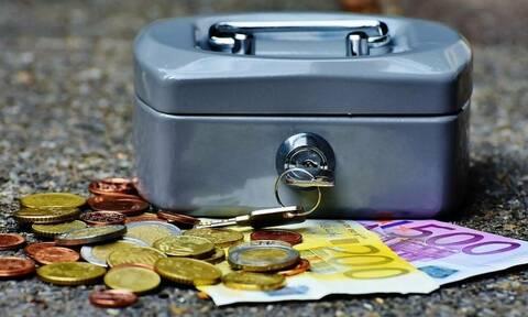 120 δόσεις: Στη Βουλή το νομοσχέδιο - Πώς θα ρυθμίσετε χρέη στην Εφορία - Πίνακες και παραδείγματα